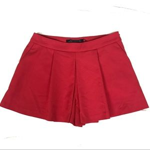New without tags Zara woman red pleated mini skort
